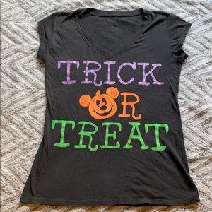 Disney Halloween vneck